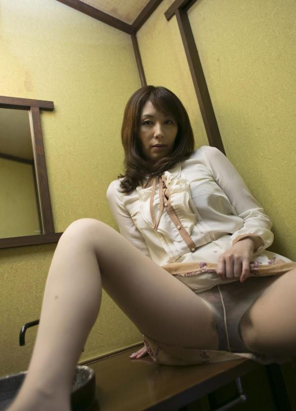 翔田千里 巨尻の年増熟女ヌード画像125枚の034枚目