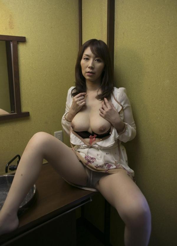 翔田千里 巨尻の年増熟女ヌード画像125枚の044枚目