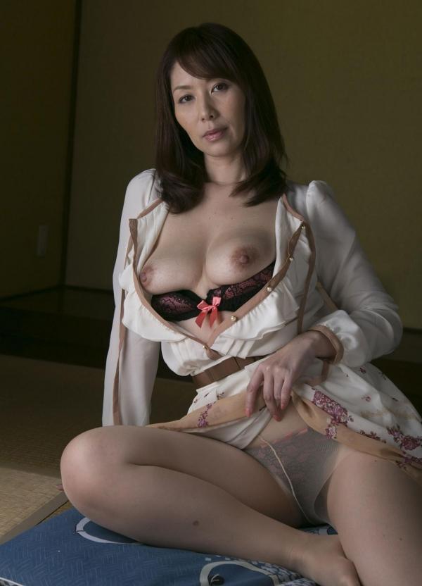翔田千里 巨尻の年増熟女ヌード画像125枚の047枚目