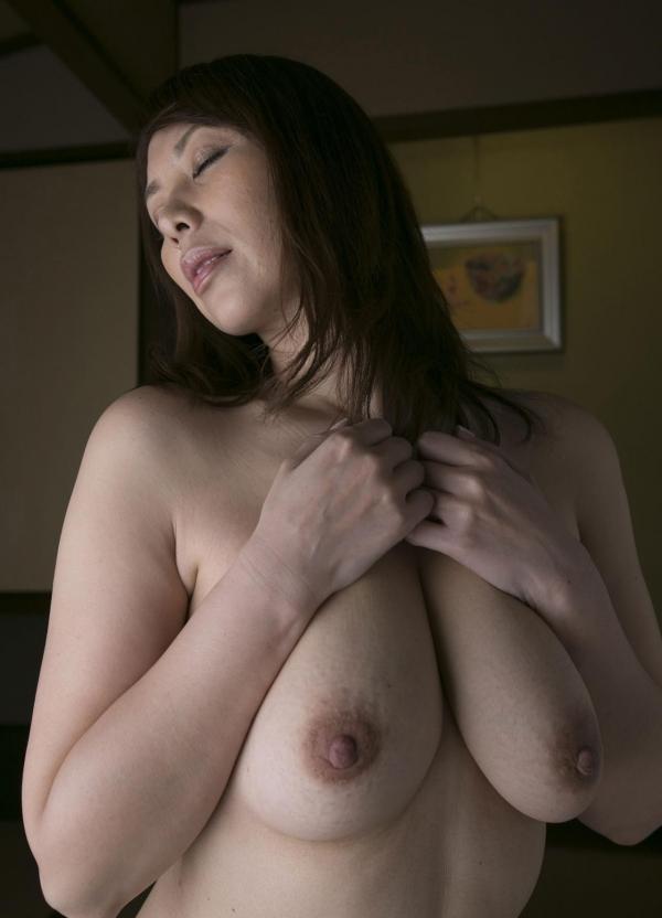 翔田千里 巨尻の年増熟女ヌード画像125枚の099枚目