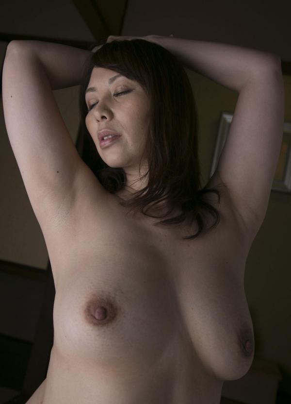 翔田千里 巨尻の年増熟女ヌード画像125枚の100枚目