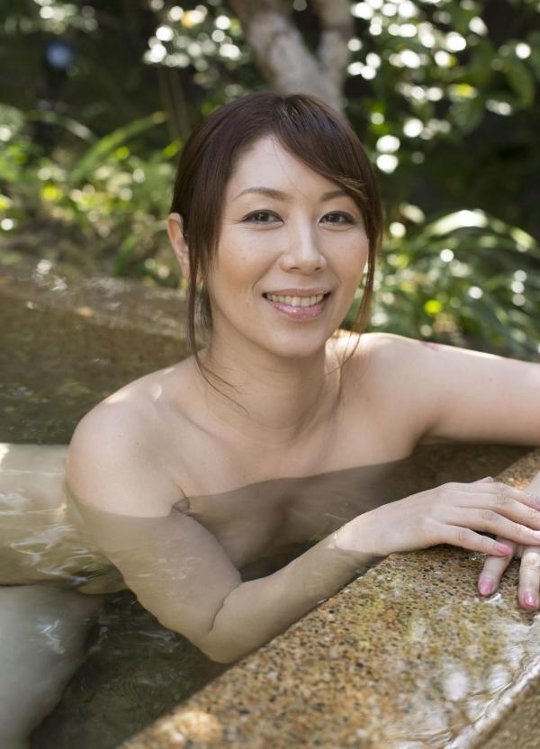 翔田千里 巨尻の年増熟女ヌード画像125枚の118枚目