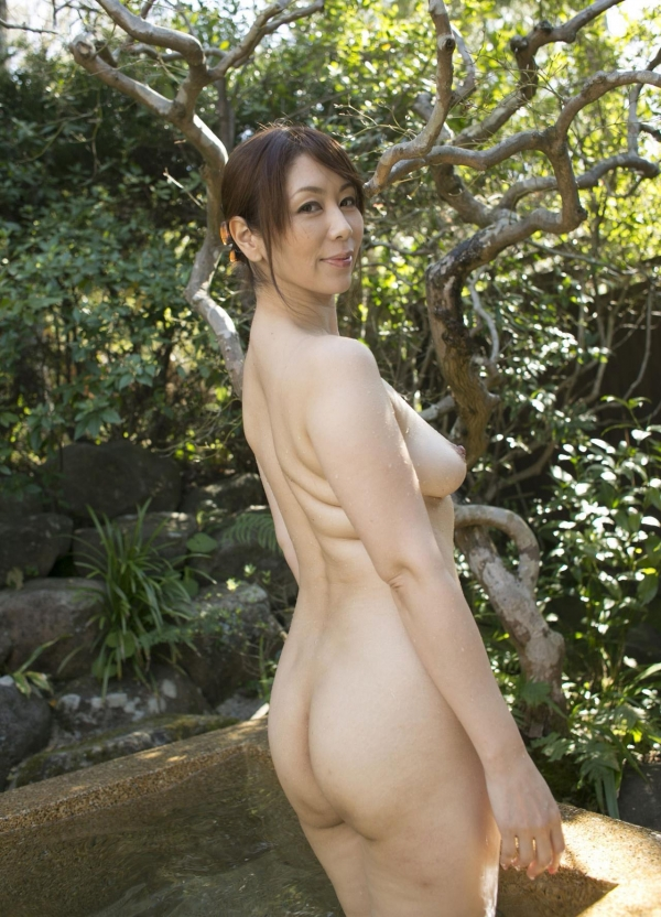 翔田千里 巨尻の年増熟女ヌード画像125枚の121枚目