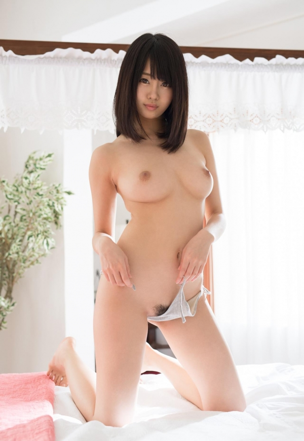 スレンダー美人なAV女優たちのヌード画像170枚の030枚目