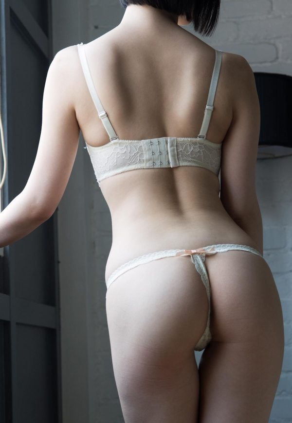 スレンダー美人なAV女優たちのヌード画像170枚の147枚目