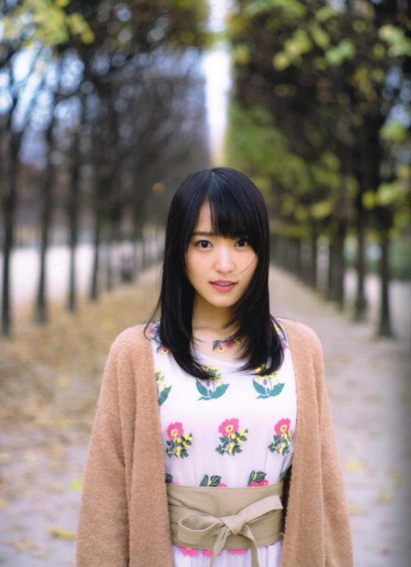 欅坂46の癒し代表 菅井友香 スレンダー美乳な水着画像31枚の18枚目