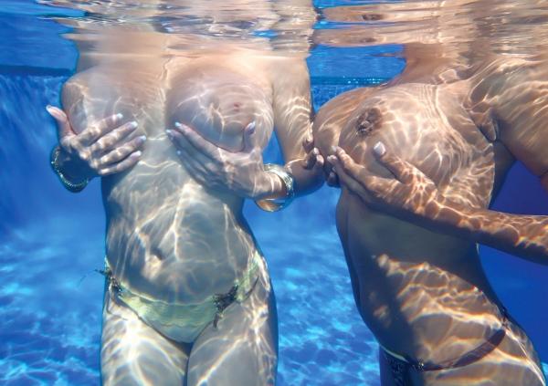 水中ヌード画像 水の中で全裸53枚の47枚目