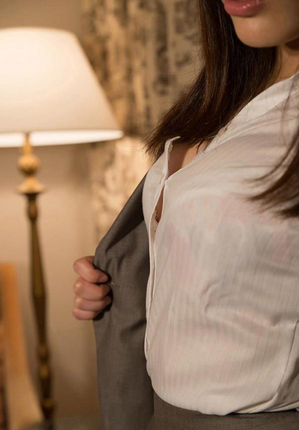 スーツのOLエロ画像a022