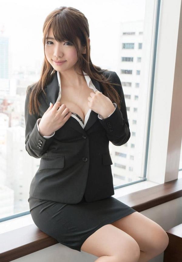 スーツのOLエロ画像a041