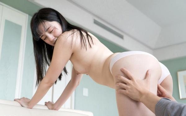 鈴原エミリ 可愛い顔したデカ尻娘のエロ画像110枚の019枚目