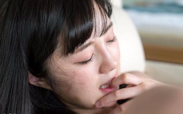 鈴原エミリ 可愛い顔したデカ尻娘のエロ画像110枚の026枚目