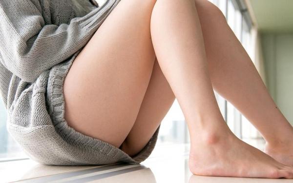 鈴原エミリ 可愛い顔したデカ尻娘のエロ画像110枚の061枚目