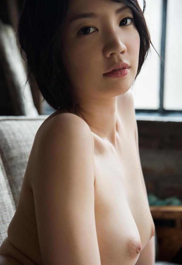 鈴木心春(すずきこはる)艶美ヌード画像120枚の097枚目