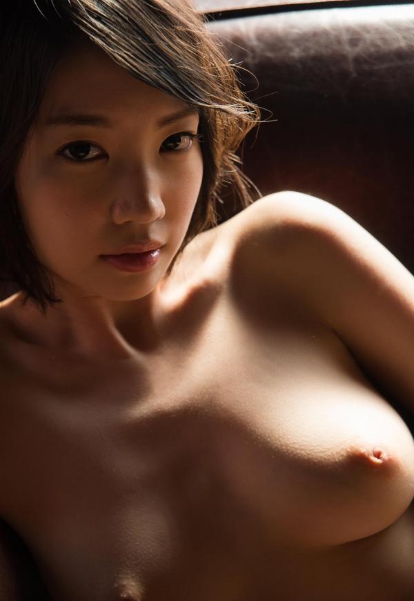 鈴木心春(すずきこはる)艶美ヌード画像120枚の104枚目