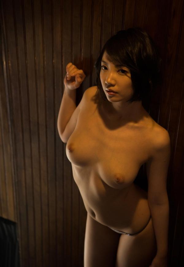 鈴木心春(すずきこはる)艶美ヌード画像120枚の109枚目