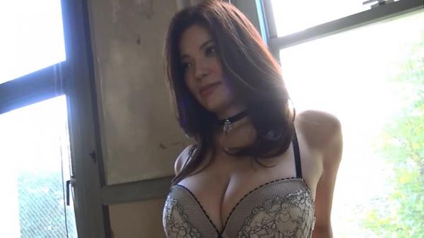 銀座 超高級クラブの巨乳ママ 鈴木ミレイのエロ画像52枚の40枚目