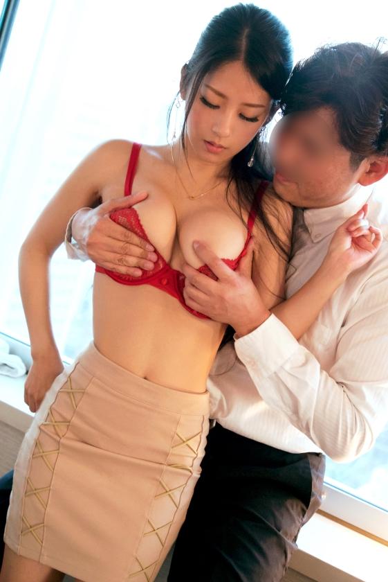 鈴木さとみ スレンダー巨乳美女のエロ画像64枚のb003枚目