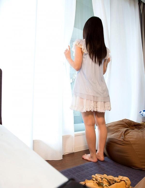 涼海みさ(すずみみさ) ロリ巨乳なSOD美女エロ画像110枚の027枚目
