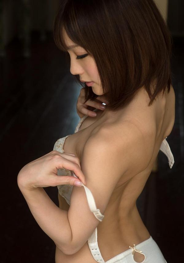 鈴村あいり ハッとする程美しいヌード画像150枚の 022番