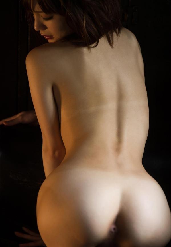 鈴村あいり ハッとする程美しいヌード画像150枚の 083番