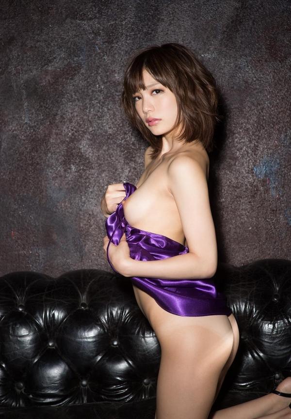 鈴村あいり ハッとする程美しいヌード画像150枚の 115番