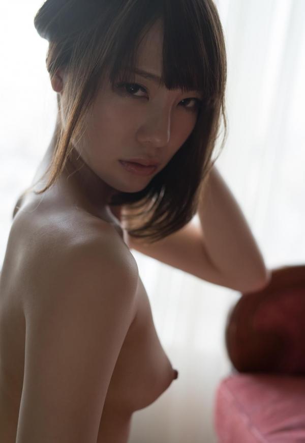 鈴村あいり ハッとする程美しいヌード画像150枚の 011番