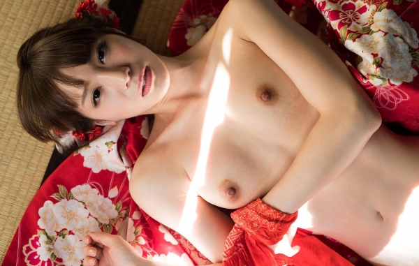 鈴村あいり 着物 エロ画像75枚の26枚目