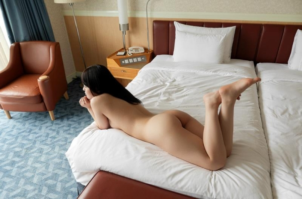 涼海みさ 黒髪のロリ系美少女セックス画像95枚の52枚目