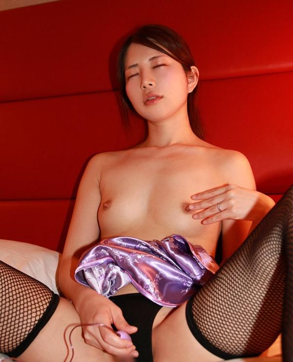 高梨樹里(三上千里)色白美肌の妖艶美女セックス画像90枚の31枚目
