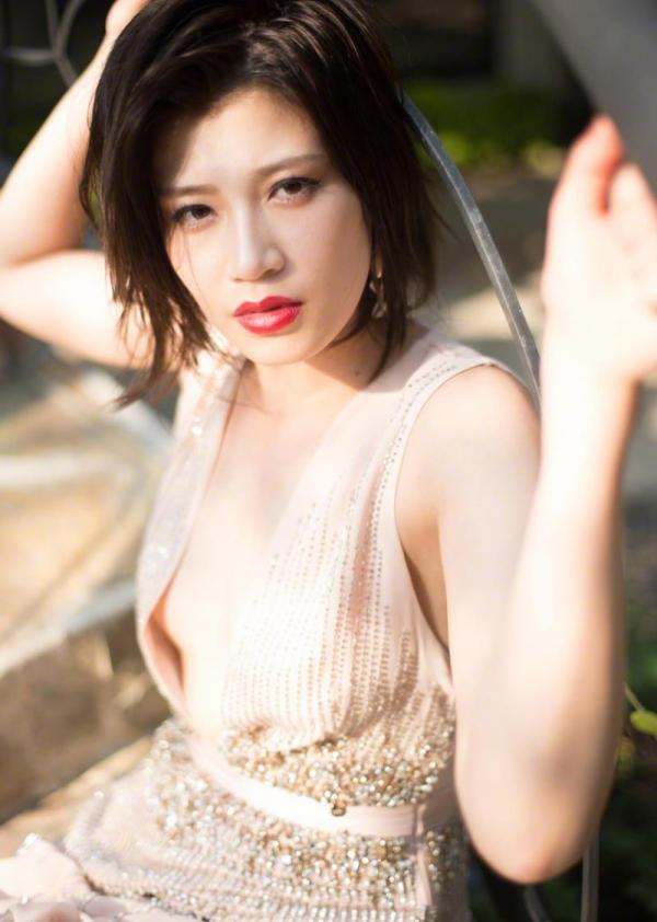 紀州のドンファン野崎幸助氏の元愛人モデルボクサー高野人母美(たかのともみ)の水着画像60枚の11枚目