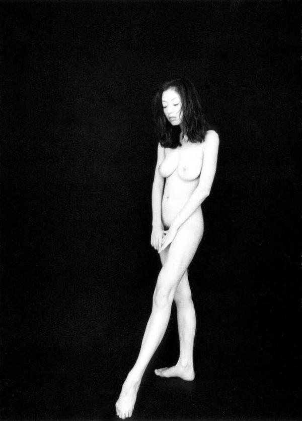 高岡早紀 奇跡のボディ 剛毛フルヌード画像102枚のb015