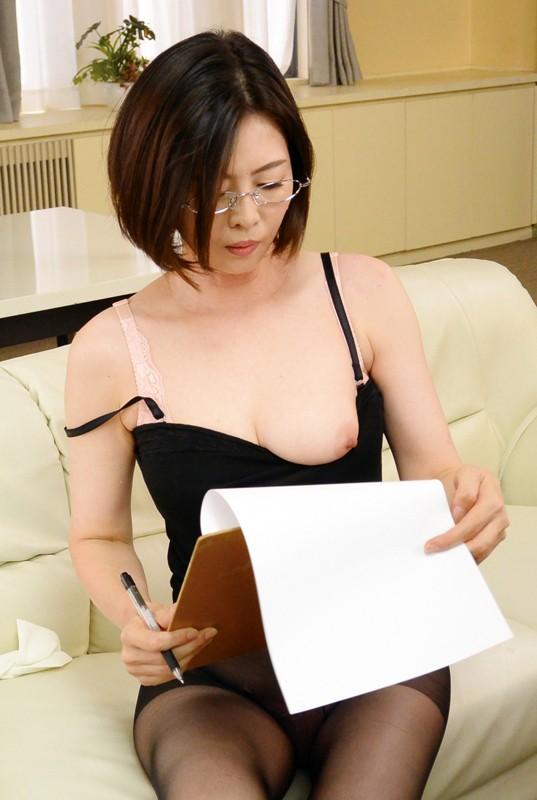 アラフィフ美熟女 竹内梨恵(水谷春菜) 綺麗なおばさんエロ画像77枚のc05枚目