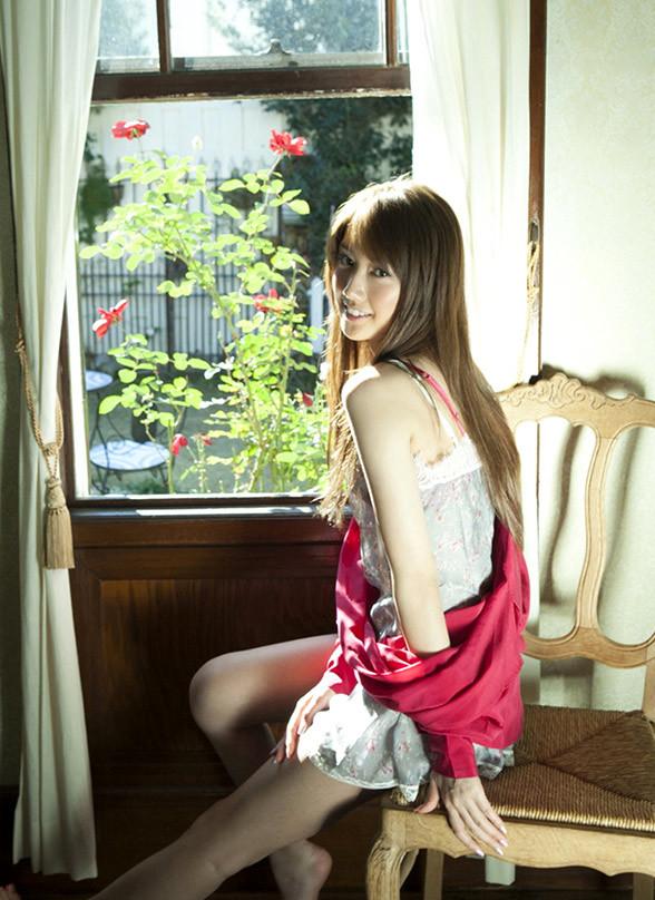 華子(多岐川華子)セミヌード スレンダー美女画像50枚の022枚目