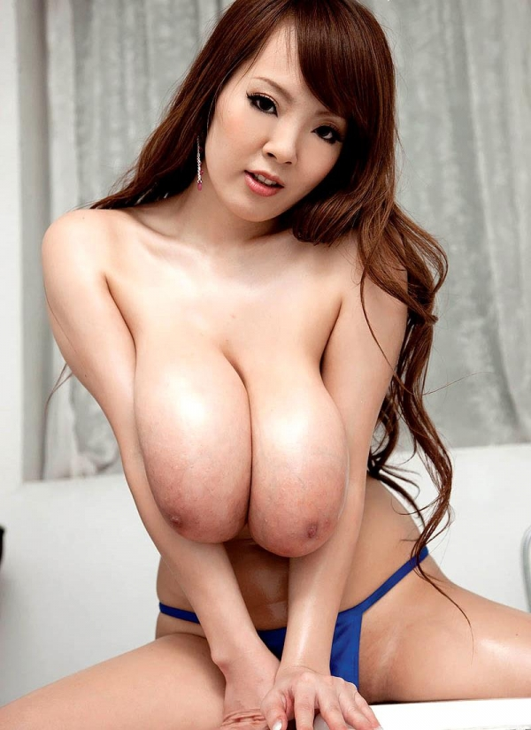 AV界最強のOカップ超乳 田中瞳 ヌード画像60枚の036枚目