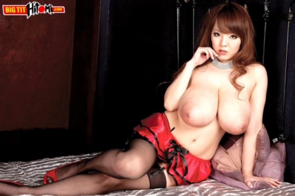 超乳美女 Hitomi (田中瞳)B116 cm ド迫力おっぱい画像60枚のc14枚目