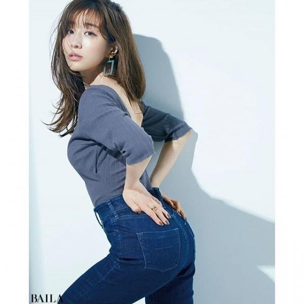 田中みな実のエロ画像 写真集爆売れなフェロモン美女29枚のb15枚目