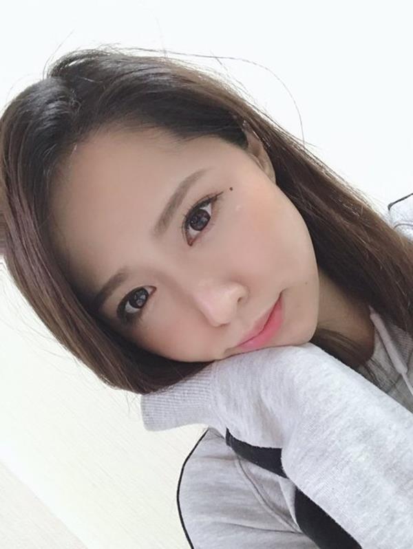 通野未帆 剛毛フェチ垂涎のスリム美女エロ画像60枚のa21.jpg