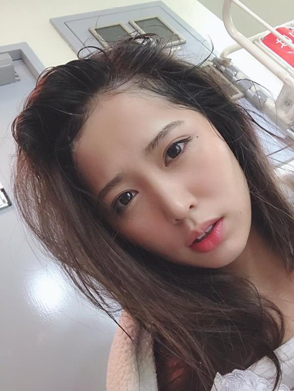 通野未帆 剛毛フェチ垂涎のスリム美女エロ画像60枚のa22.jpg