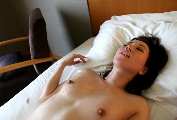 徳永れい(上田麻里)三十路の不倫妻エロ画像65枚のa022枚目