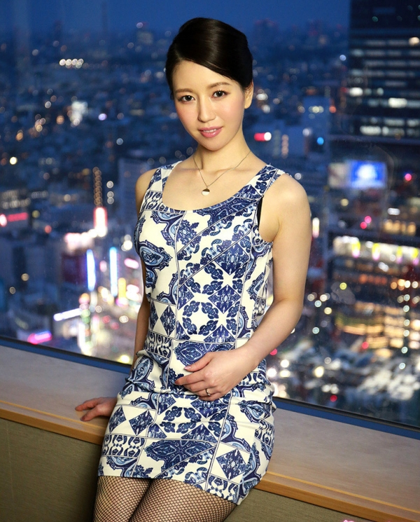 徳永れい(上田麻里)三十路の不倫妻エロ画像65枚のa023枚目