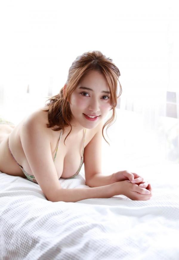 都丸紗也華(とまるさやか)弾ける白肌巨乳 水着画像60枚の04枚目