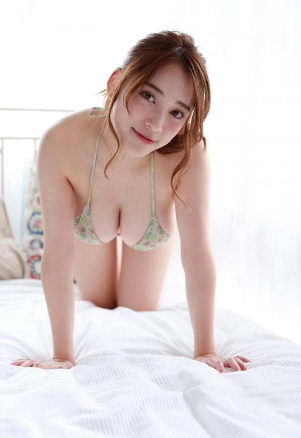 都丸紗也華(とまるさやか)弾ける白肌巨乳 水着画像60枚の07枚目