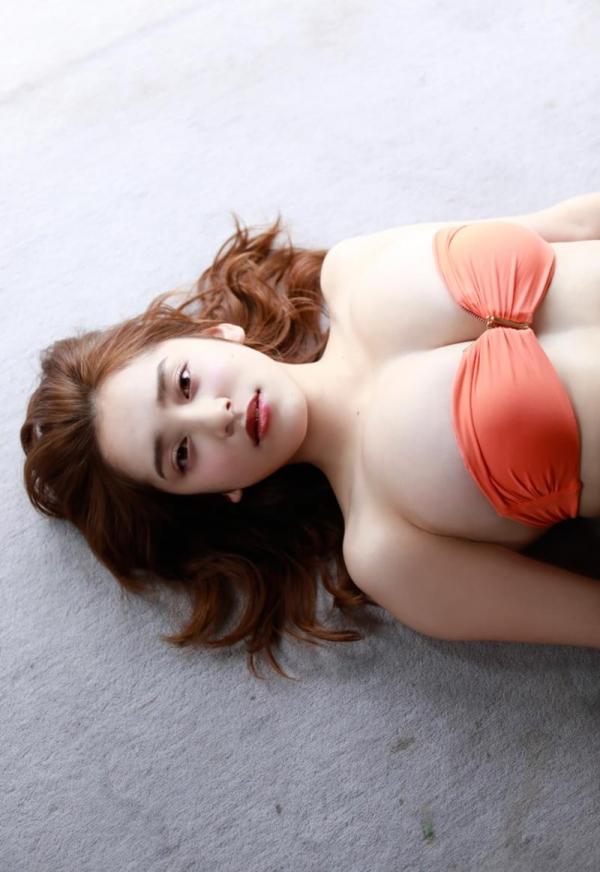 都丸紗也華(とまるさやか)弾ける白肌巨乳 水着画像60枚の20枚目