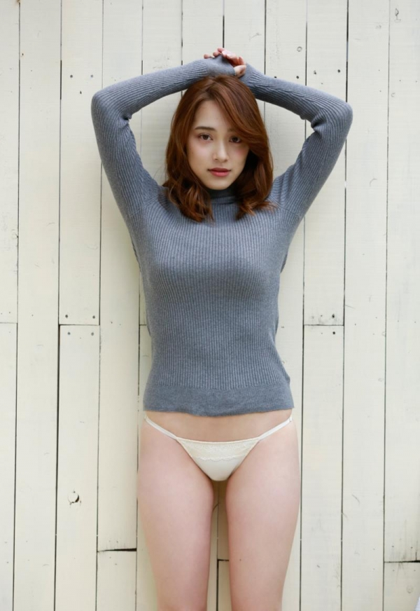 都丸紗也華(とまるさやか)弾ける白肌巨乳 水着画像60枚の29枚目