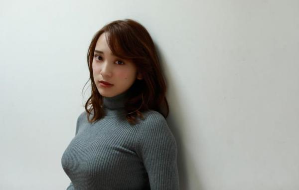 都丸紗也華(とまるさやか)弾ける白肌巨乳 水着画像60枚の38枚目