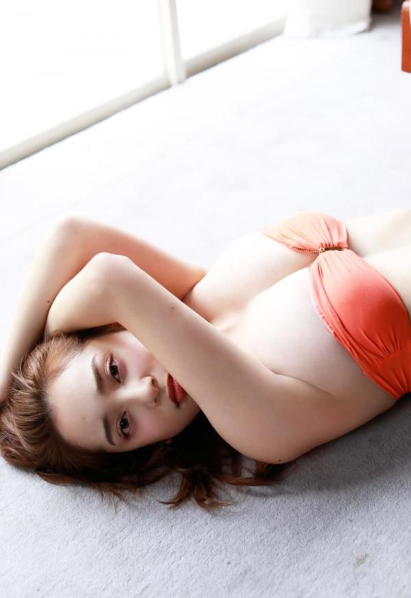 都丸紗也華(とまるさやか)弾ける白肌巨乳 水着画像60枚の42枚目