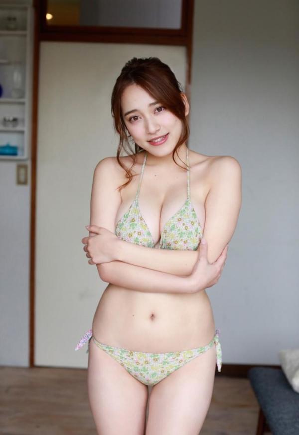 都丸紗也華(とまるさやか)弾ける白肌巨乳 水着画像60枚の57枚目