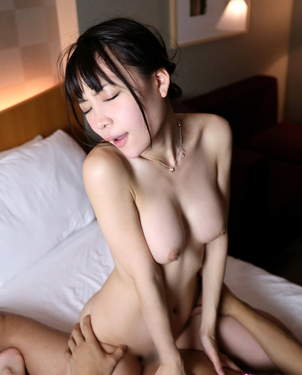 富田優衣(とみたゆい)デカ尻美尻のお姉さんセックス画像65枚のa30枚目