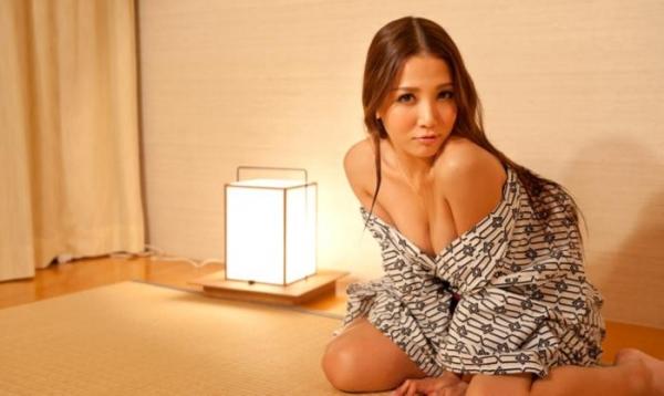友田彩也香と鈴木一徹の濃密セックス画像 二人きりの温泉旅行142枚の100枚目