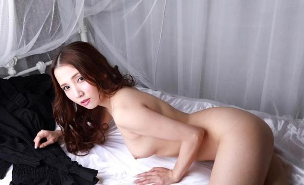 妖艶な三十路美女 友田彩也香 ヌード画像60枚のb022枚目